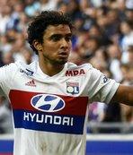 Sağ bek için son aday Rafael