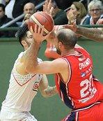 Banvit Bahçeşehir Koleji'ni 93-84 mağlup etti