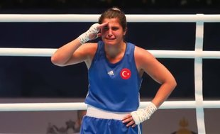 Mehmetçik'ten milli sporculara komando selamı