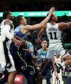 Doncicli Dallas Mavericks San Antonio Spurs'u mağlup etti