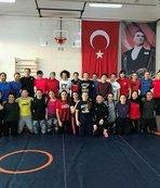 Kadın Güreş Milli Takımı Avrupa Şampiyonası'na hazırlanıyor
