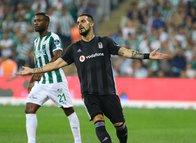 Alvaro Negredo golü attı cezadan yırttı!