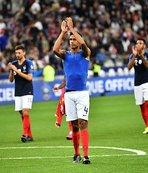 Andorra yattı Fransa attı