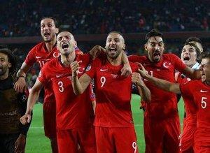 EURO 2020'yi garantiledik! İşte güncel puan durumu