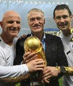 """Dünya Kupası'nda """"yerli teknik adam"""" geleneği bozulmadı"""