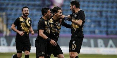 3 penaltı 3 gol! Osmanlıspor evinde kazandı