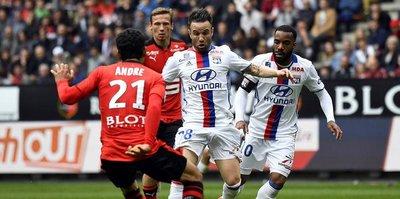 Lyon, 10 kişi kalan Rennes'e diş geçiremedi