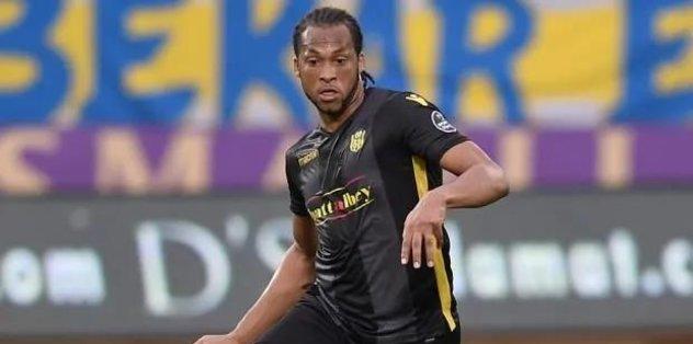Hatay'dan 3 transfer - Futbol -