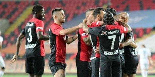 Gaziantep FK unvan peşinde - Futbol -