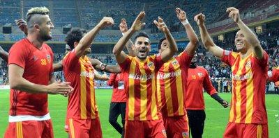 Kayserispor'da mutluluk rüzgarı