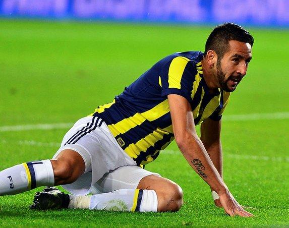 Fenerbahçe'de 8 isim ile yollar ayrılıyor