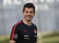Emre Belözoğlu'ndan Ali Koç'a flaş transfer önerisi! İşte o isimler