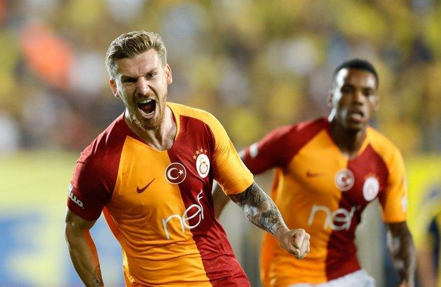 Serdar Azizde şok gelişme! Fenerbahçeye bedelsiz gidiyor