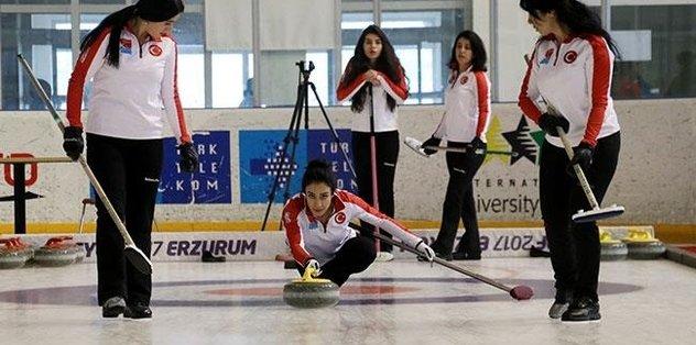 Milli curlingciler Polonya'da 2'nci oldu