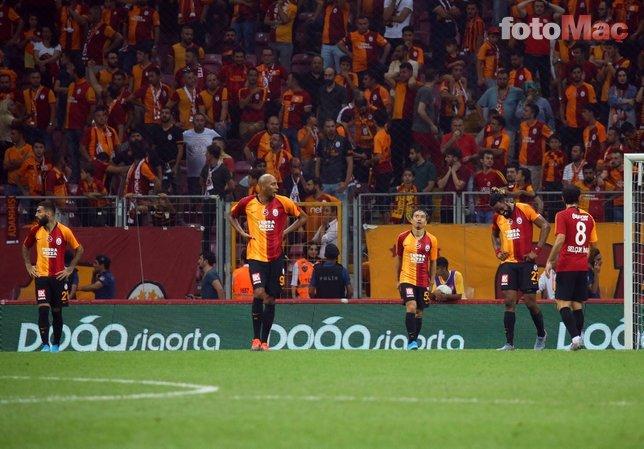 Galatasaray - Konyaspor maçında şok gerginlik! Abdurrahim Albayrak ve taraftarlar...