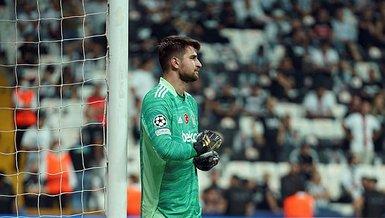 Son dakika spor haberi: Beşiktaş'ın kalecisi Ersin Destanoğlu Golden Boy ödülünde son 40 aday arasında!