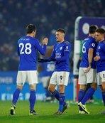 Çağlar'lı Leicester City durdurulamıyor
