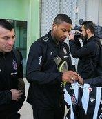 Beşiktaş kafilesi İzmir'e geldi