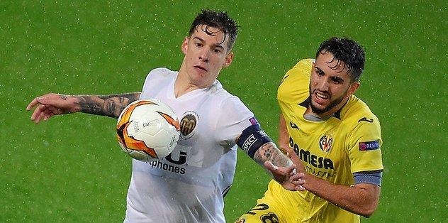 Valencia Villarreal'i eleyerek yarı finale yükseldi