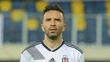 Beşiktaş Rafael'in menajeriyle görüşme gerçekleştirdi