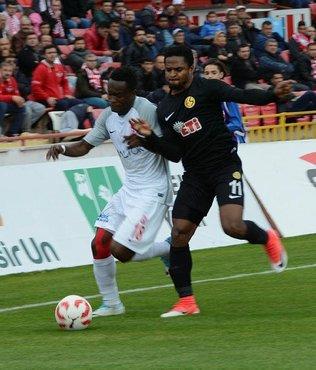 Eskişehirspor, Balıkesirspor'u deplasmanda devirdi