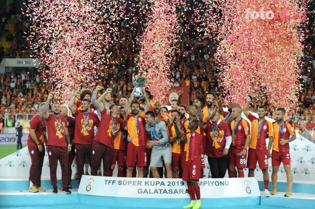 Galatasaray'da kasa doldu transfer harekatı başladı