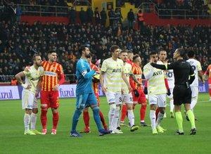 Spor yazarları Kayserispor - Fenerbahçe maçını yazdı