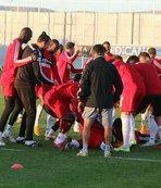 Demir Grup Sivasspor'da neşeli antrenman
