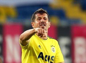 Emre Belözoğlu futbol kariyerine devam mı ediyor? Tarih belli oldu!