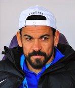 Eski milli futbolcu Servet Çetin beraat etti