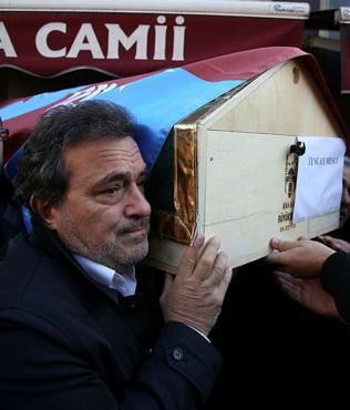 Trabzonspor efsanesi Tuncay Mesçi son yolculuğuna uğurlandı