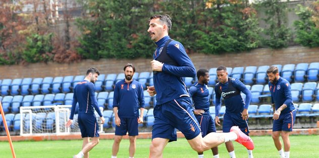 Medipol Başakşehir Alanyaspor maçı hazırlıklarını sürdürdü - Futbol -