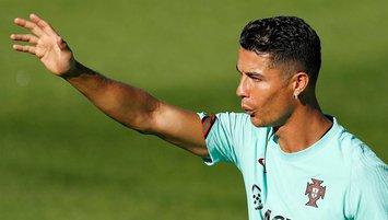 Ronaldo'dan Cavani'ye '7 numara' teşekkürü!
