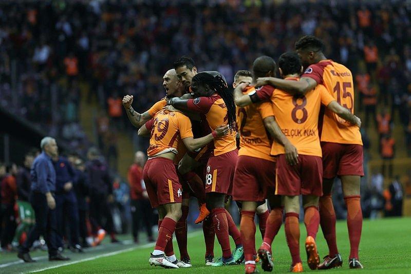 Galatasarayın tarih yazması gerekiyor