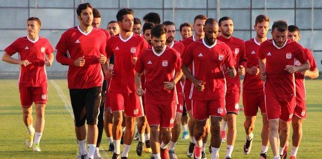 Sivasspor, yeni sezon hazırlıklarına başladı