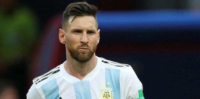 Messi'ye ağabey şoku!