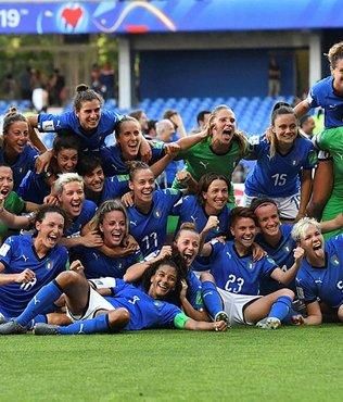 İtalya çeyrek finalde