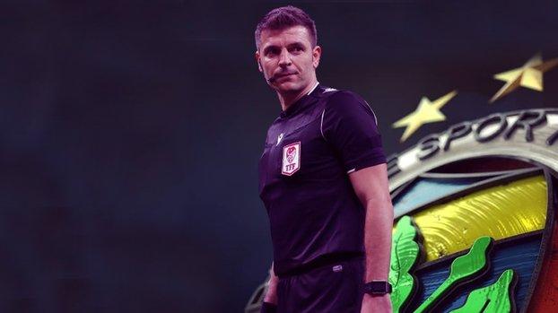 Son dakika spor haberleri   Fenerbahçe - Antalyaspor maçının hakemi son dakikalarda Fenerbahçe forması giydi #