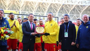 Umut Bulut Süper Lig tarihine geçti!
