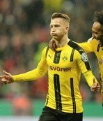 Bayern'e bir darbe de Dortmund'dan