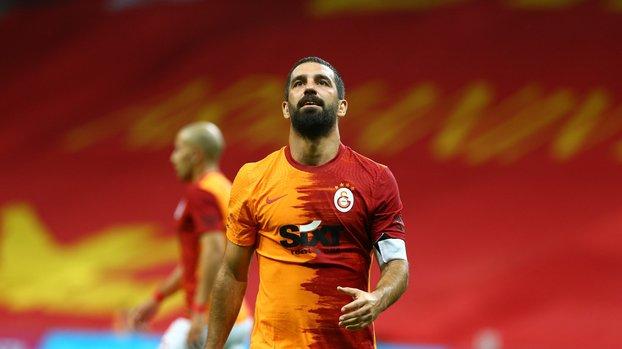 Son dakika transfer haberleri | Arda Turan'ın yeni takımı belli oluyor! Süper Lig'de kalacak