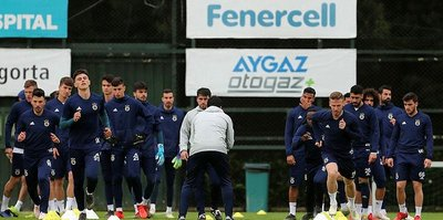 Fenerbahçe Akhisarspor maçı hazırlıklarını tamamladı