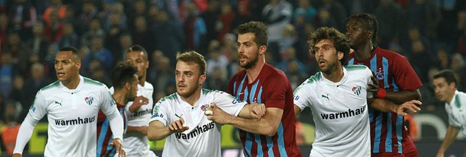 Trabzonspor - Bursaspor maçından kareler