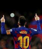 Messi Celta Vigo'yu tek başına yıktı