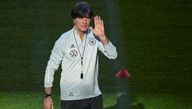 """Son dakika spor haberleri: Almanya'da Joachim Löw'e büyük öfke! """"Hemen bıraksın"""""""