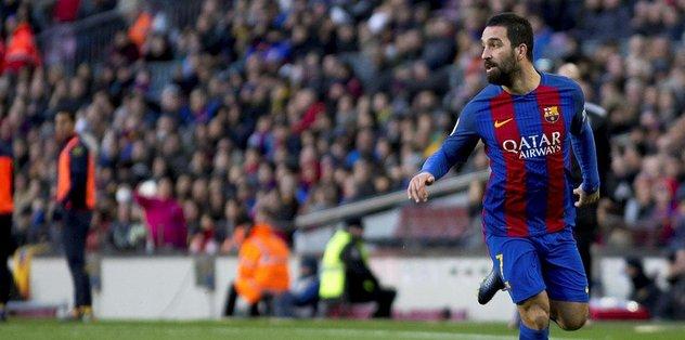 Barcelona Arda Turan'ı satış listesine koydu