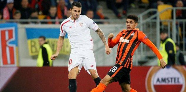 Sevilla, Vitolo'nun sözleşmesini yeniledi