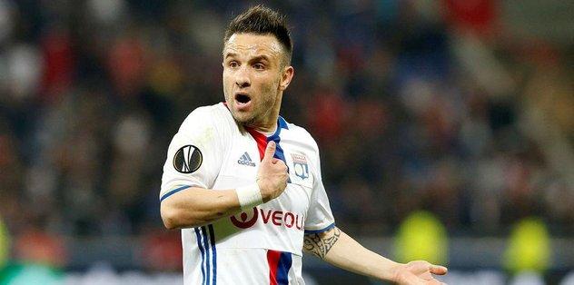 Lille, Valbuena işini bozmak istiyor