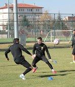 Eskişehirspor'da Balıkesirspor mesaisi sürüyor
