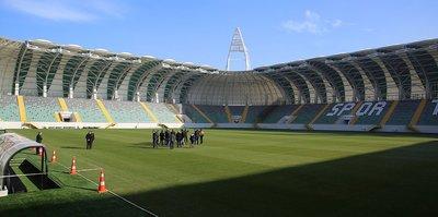 Akhisarspor, ilk kez yeni stadyumunda